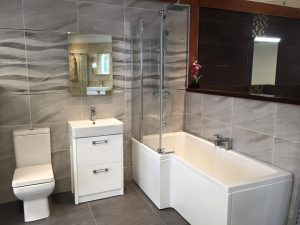 guide to tiling a small bathroom